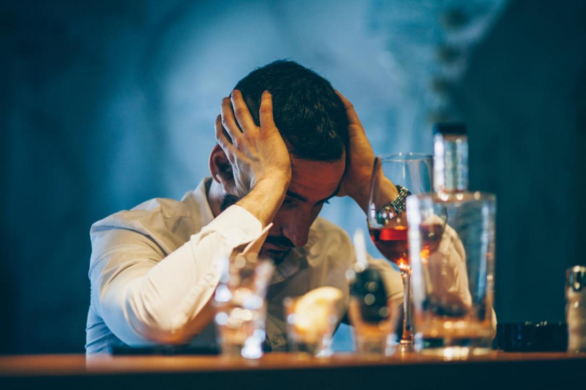 Uso de álcool e drogas aumenta na pandemia. O que fazer?