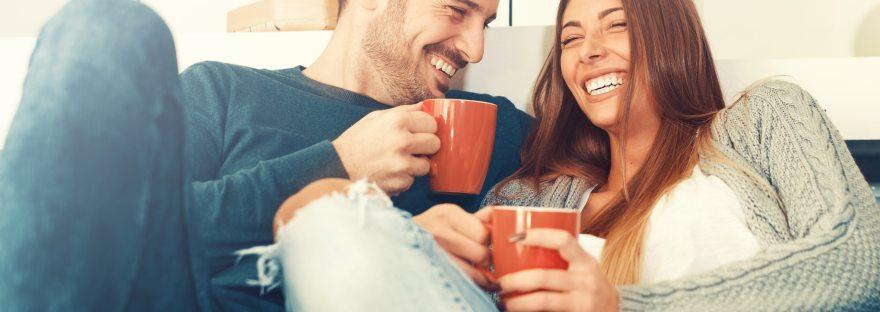 """Relacionamento Amoroso saudável é quando """"duas laranjas inteiras"""" caminham juntas"""