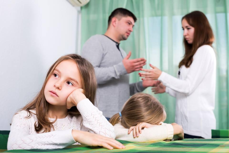 """Invalidação Familiar: quando a família faz """"pouco caso"""" do sofrimento ou da conquista"""